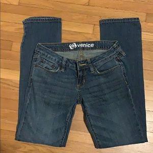 Women's Bullhead jeans